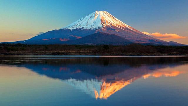 外国人に定番スポット富士山 画像  http://english.cheerup.jp/